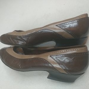 "Bally Switzerland Brown Leather Pump 1"" Heel Shoe"